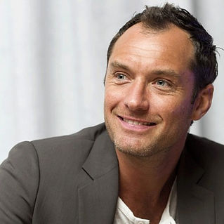 Jude Law Mircodermabrasion Beyond the call of beauty