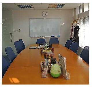 meeting room_02.jpg