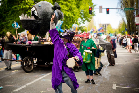 4.27.19 Procession of the Species-29.jpg