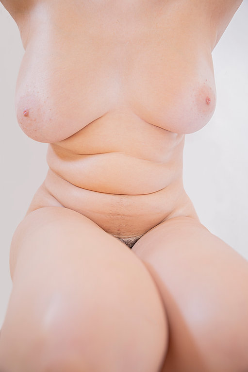 Woman body - Female  - Form and figure study - Samantha Light Fine Art photography