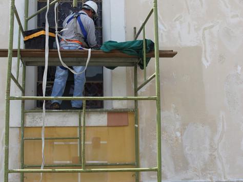 Restauração: restauro dos vitrais e da Capela das Padroeiras