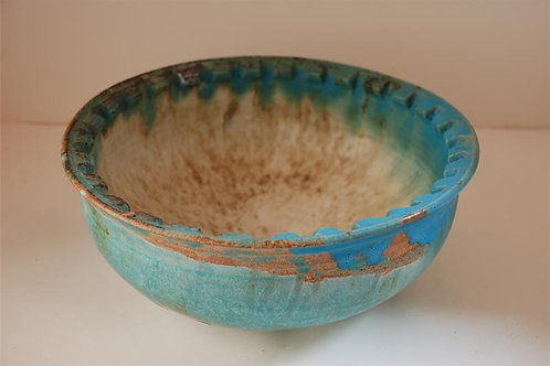 Bowl with incised rim