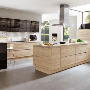German Kitchens with Contemporary Woodgrain
