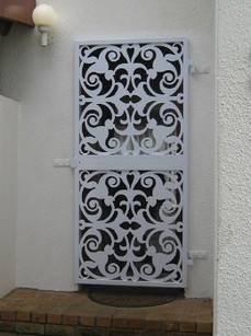 Security_gate.jpg