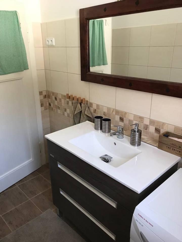 Desná_koupelna_1