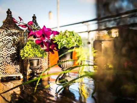רעיונות למרכזי שולחן מפרחים