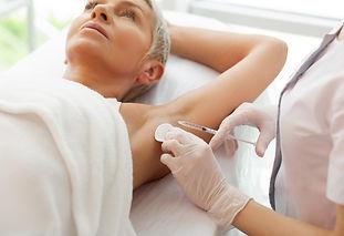 Treatments_ExcessiveSweating_01.jpg