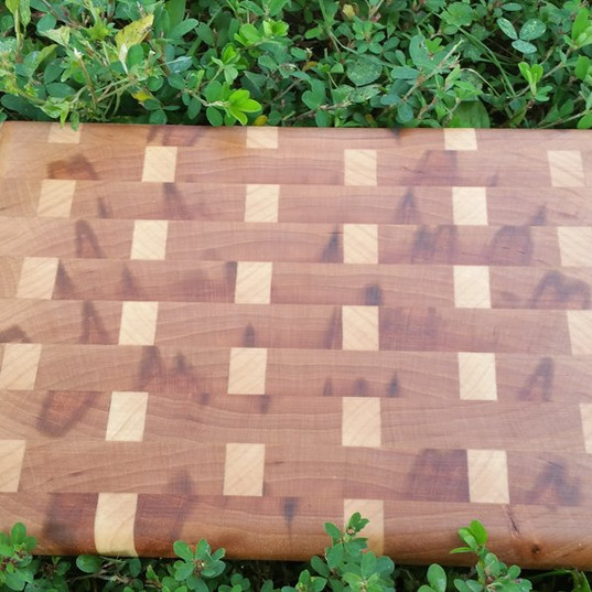 Maple and Cherry Endgrain Board