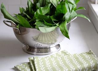 Wild garlic pesto: hedgerow recipe #4
