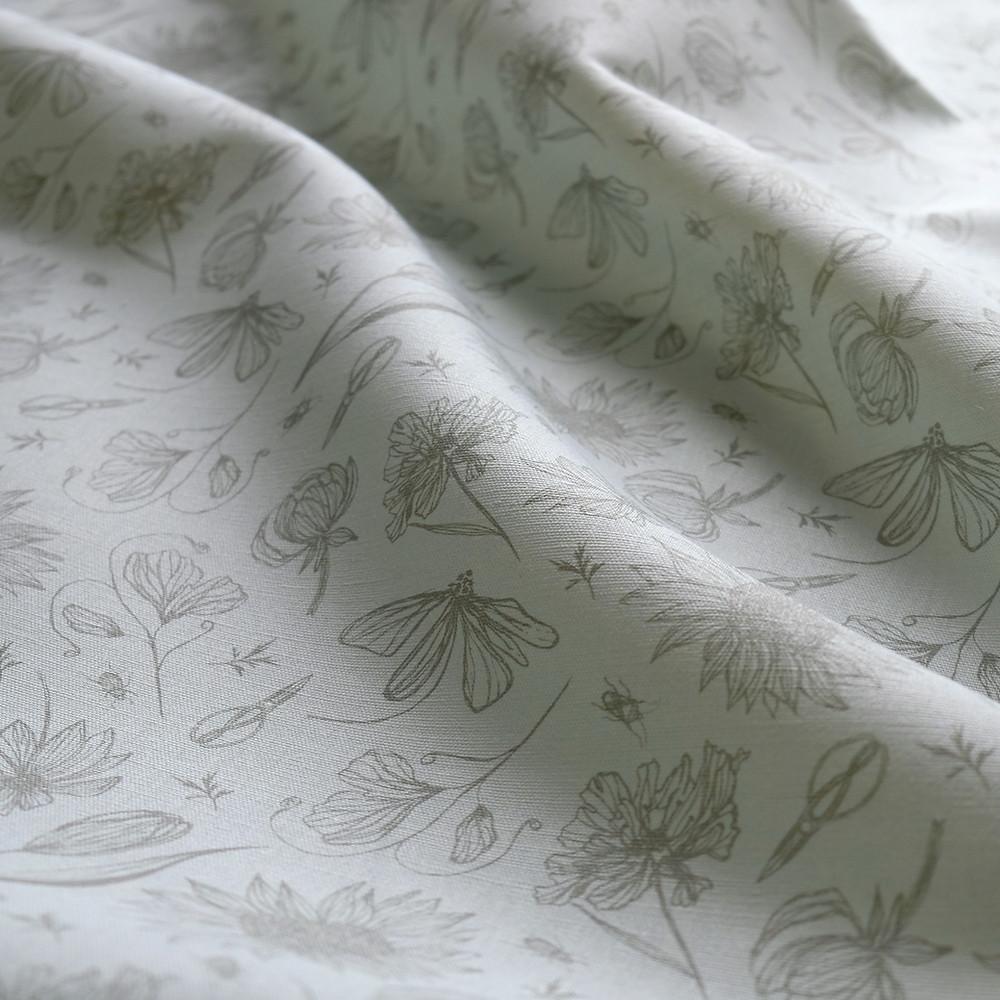 Linen Cutting Garden fabric