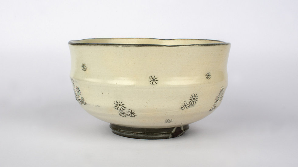 Buncheong Tea Bowl with Outer Chrysanthemum Deco
