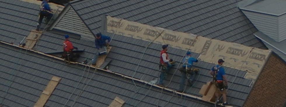 """img src=""""metalroof.jpg"""" alt=""""installing metal roof in Houston"""">"""