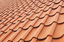 """img src=""""houstonroofer.jpg"""" alt=""""houston roofer installing clay tiles"""">"""