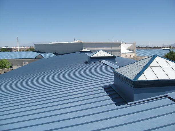 "img src=""commercialroof.jpg"" alt=""commercial metal roof in Houston"">"