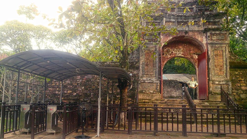 Pintu masuk kompleks makam Tu Duc Hu Vietnam © Arakita Rimbayana BuLiBi Bukan Liburan Biasa