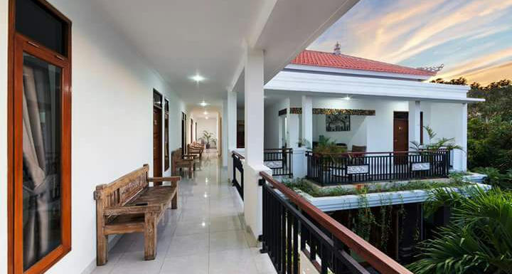 Bening House And Spa: Relax Your Body And Soul By Batubelig Beach