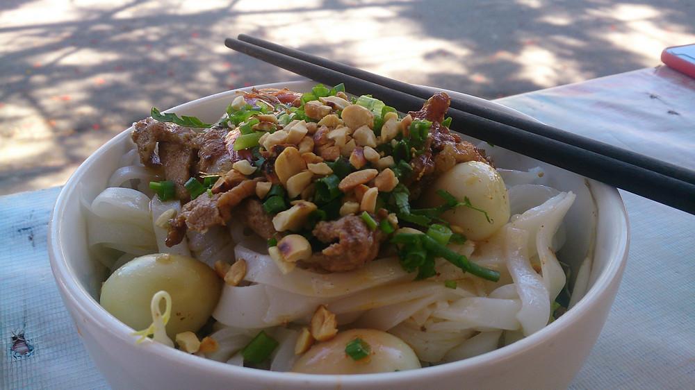 Mi Quang, hidangan mie gurih di Da Nang, Vietnam (c) Arakita Rimbayana