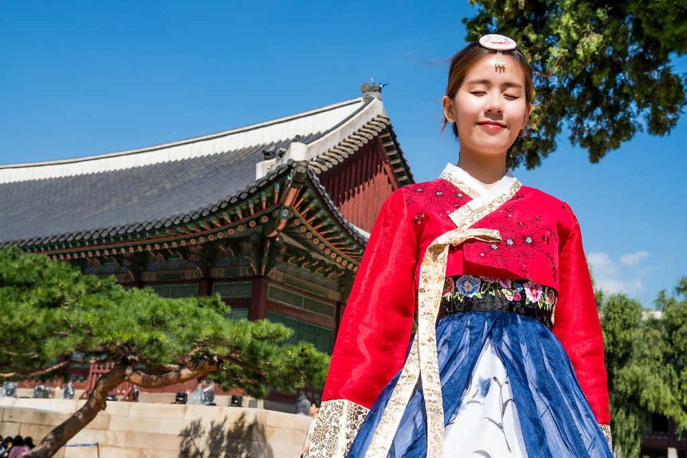 Tips Liburan ke Korea Selatan (Photo by Johen Redman on Unsplash) BuLiBi Bukan Liburan Biasa