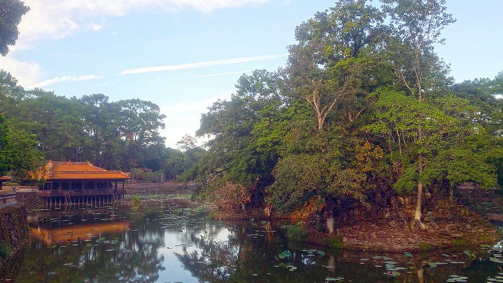 Danau Buatan di Makam Kaisar Tu Duc Hue Vietnam © Arakita Rimbayana BuLiBi Bukan Liburan Biasa