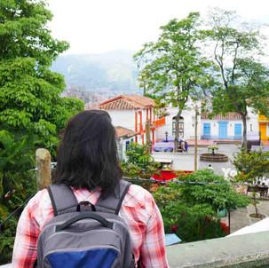10 Tips Aman Solo Traveling Bagi Perempuan