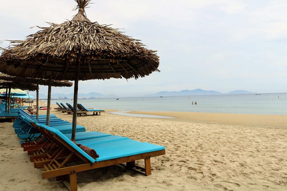 Pantai pribadi khusus tamu Le Pavillon Hoi An Luxury Resort & Spa (c) Arakita Rimbayana