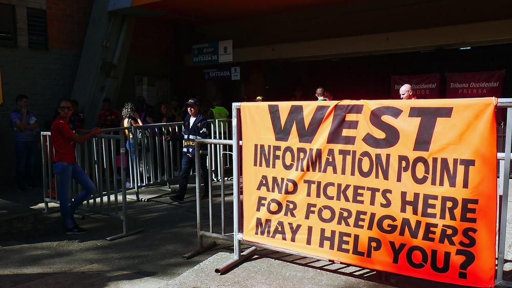 Tempat penjualan tiket khusus turis (c) Arakita Rimbayana Stadion Atanasio Girardot Medellin Kolombia