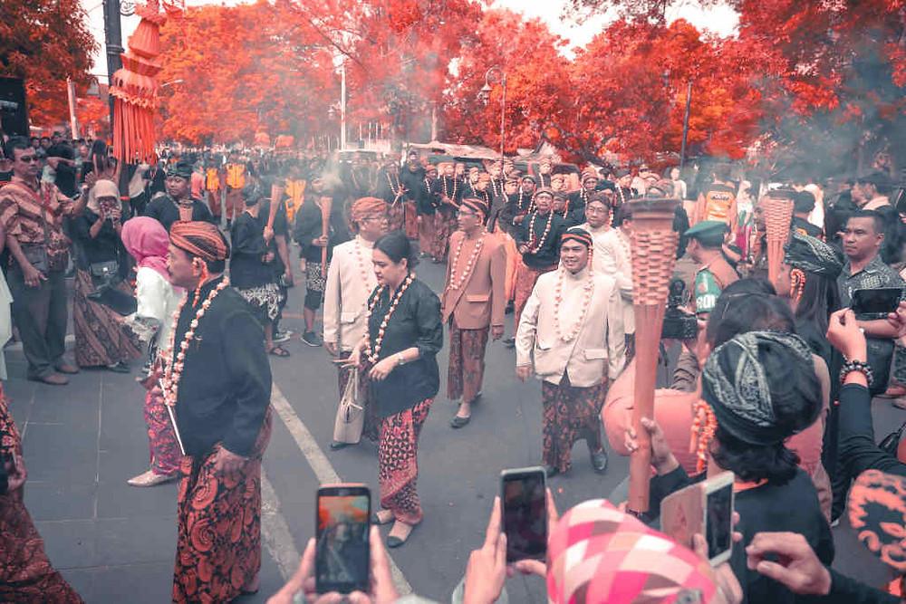Tips Liburan ke Solo (Photo by Fauzan on Unsplash) BuLiBi Bukan Liburan Biasa