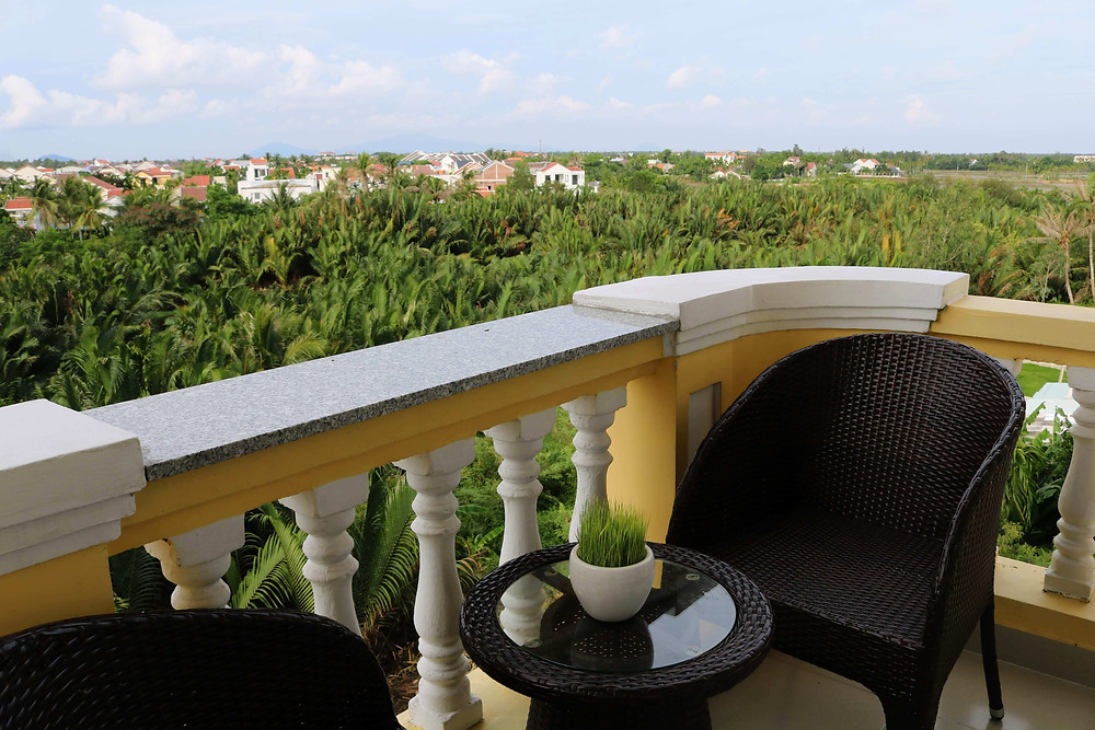 Balkon Kamar Hotel Le Pavillon Hoi An Luxury Resort & Spa (c) Arakita Rimbayana