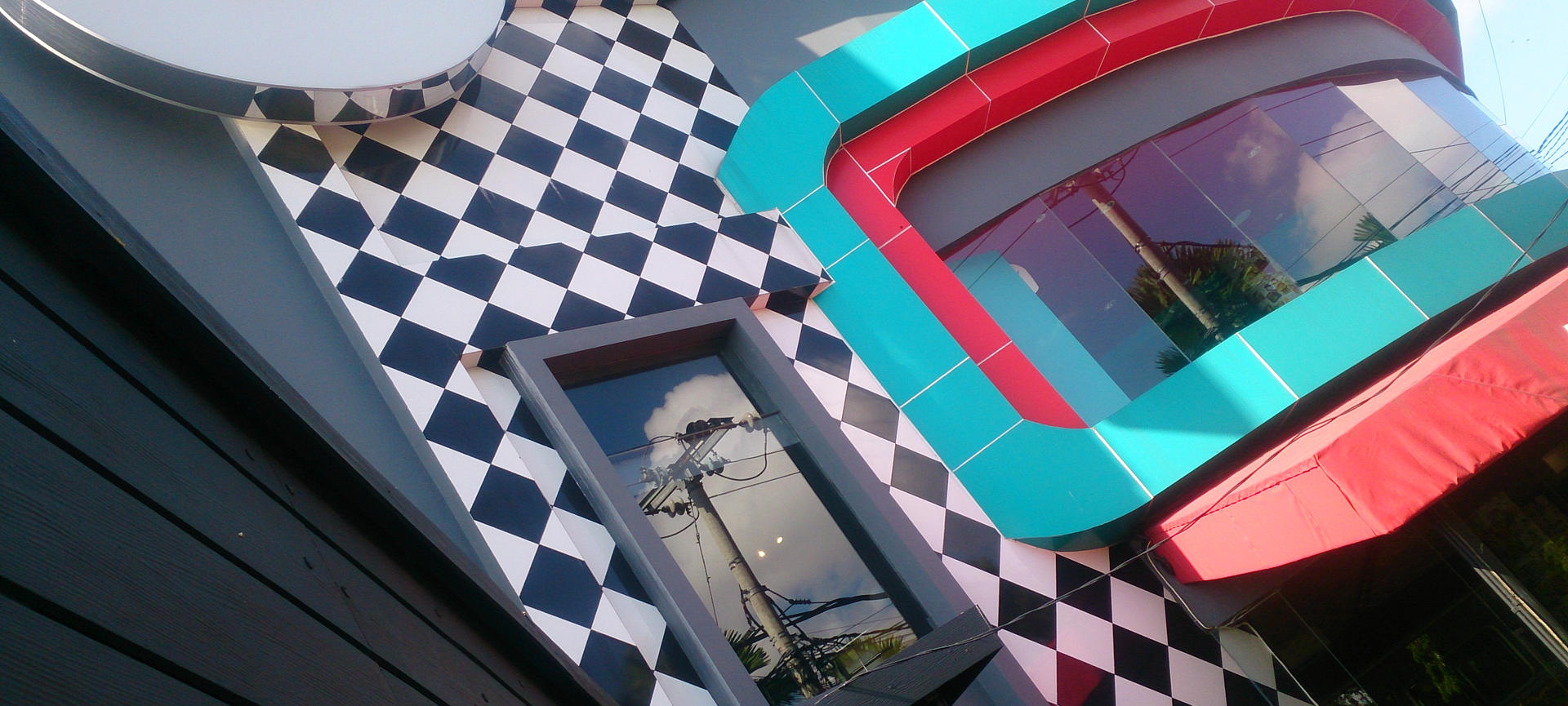 Cosmic Diner: Downtown American Themed Dining In Coastal Bali