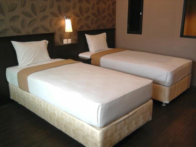 City Hotel Balikpapan: Downtown Hotel Near Klandasan Beach