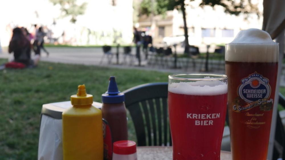 Budaya minum bir di Chile (c) Arakita Rimbayana