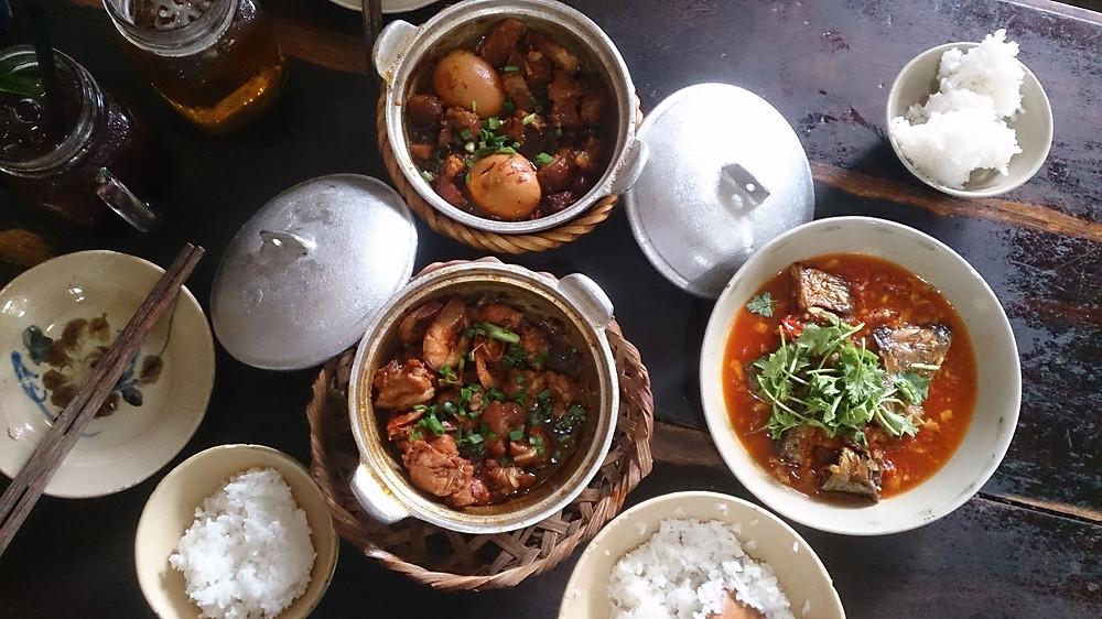 Masakan Vietnam rumahan di Bep Hen, Da Nang (c) Arakita Rimbayana