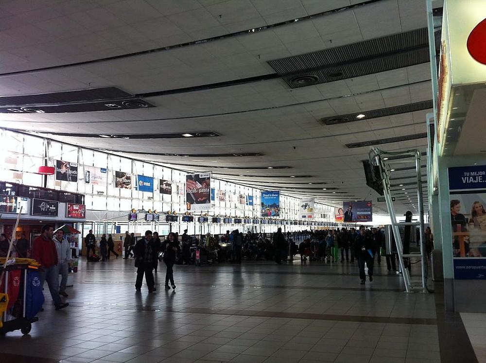 Bandara Internasional Santiago, Chile (Wikipedia)