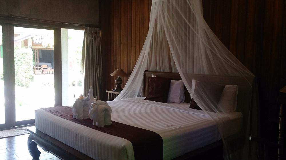 Tempat tidur Sawasdee Resort Sukhothai Thailand (c) Arakita Rimbayana