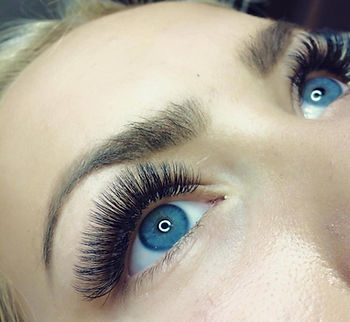 One by one wimperOne by one wimperextensions Hoofddorp, 3d wimperextensions, russian volume wimperextenions hoofddorp