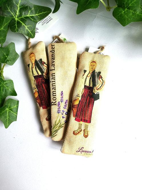 Semn de carte, modele tradiționale, dim. 12x4 cm.