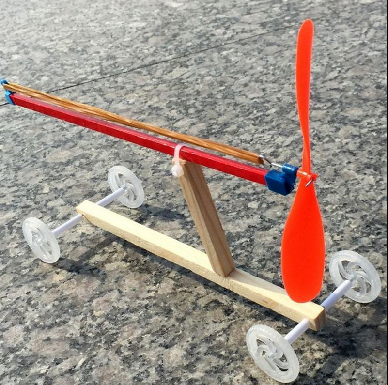 rubber band car.jpg