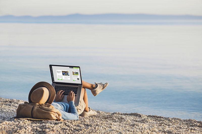pubble on the beachkopie.jpg