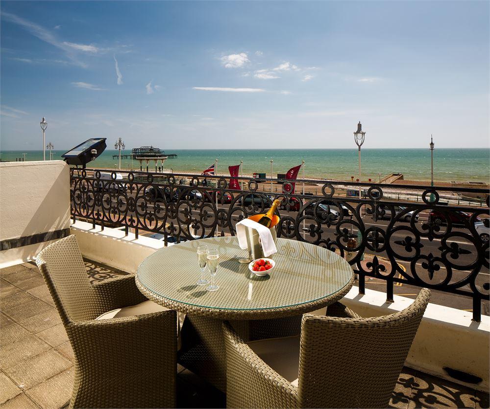 Mercure Brighton Hotel DJ