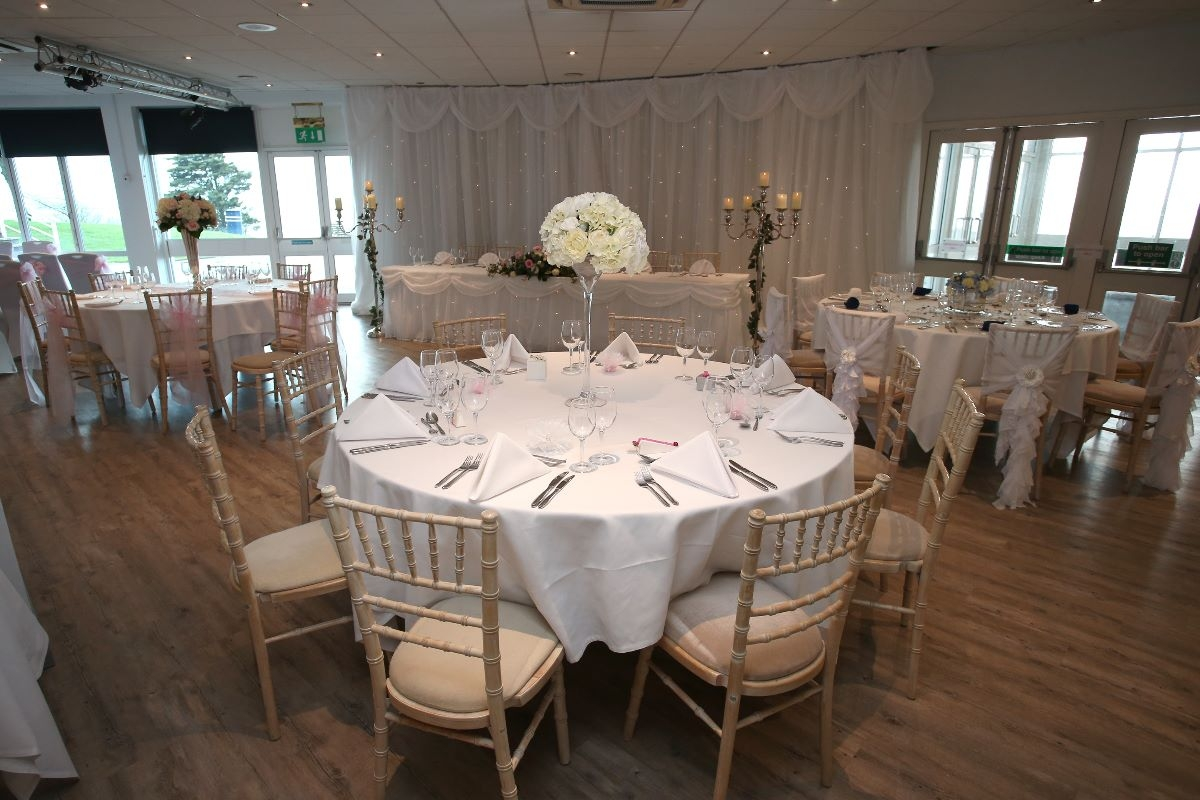 Southend Cliffs Pavilion Wedding DJ
