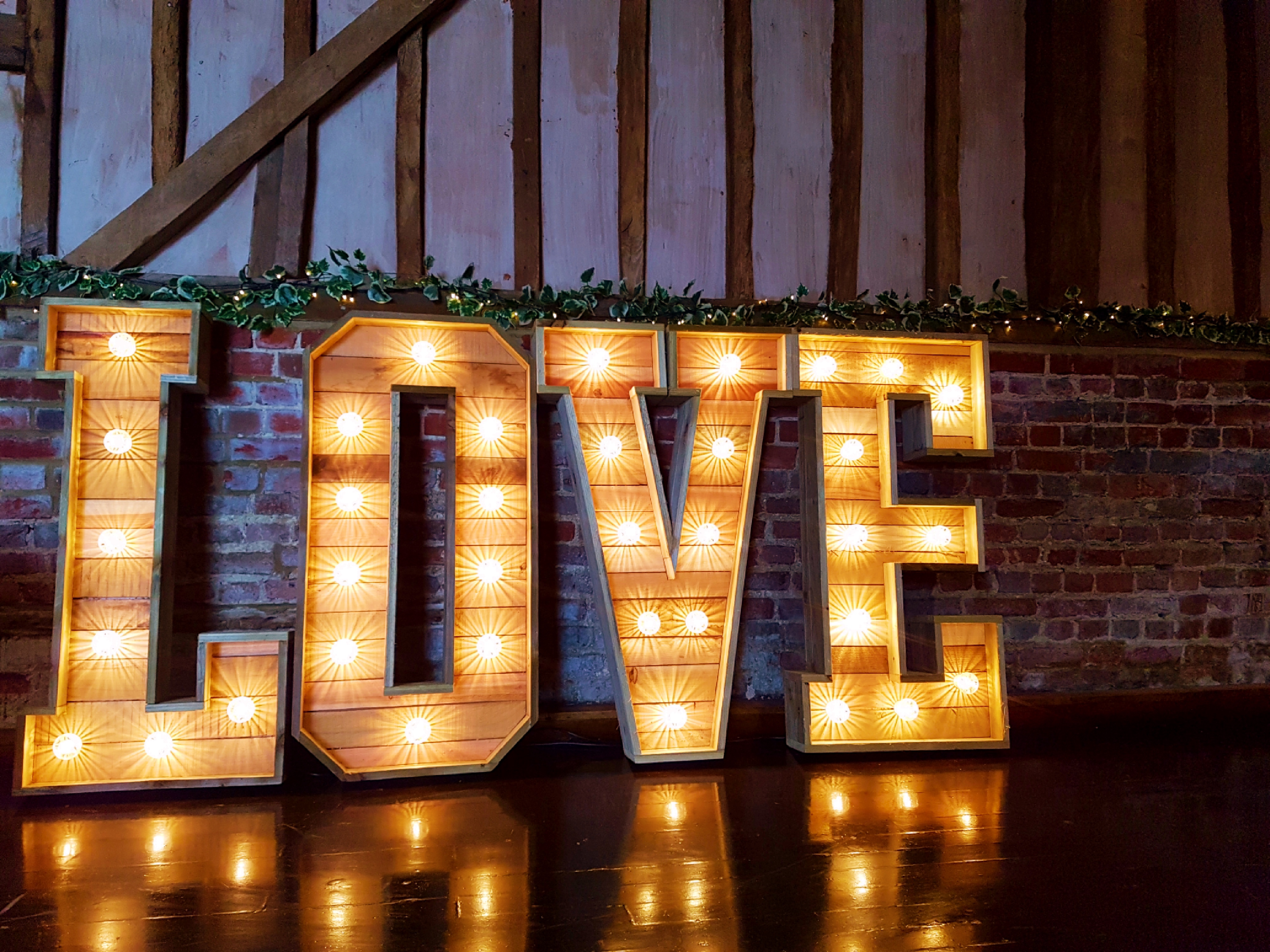 SS Light up love letters