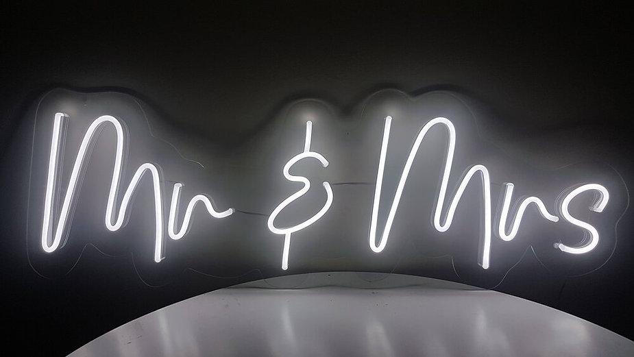 Oxford neon wedding signs.jpg