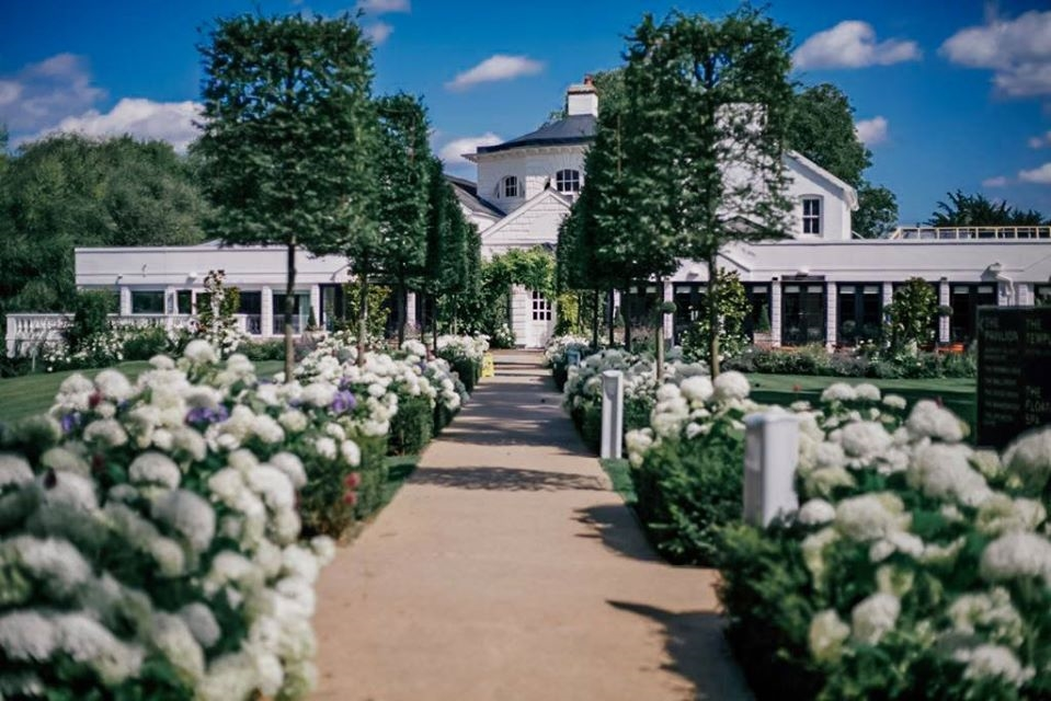 Monkey Island Estate Wedding DJ