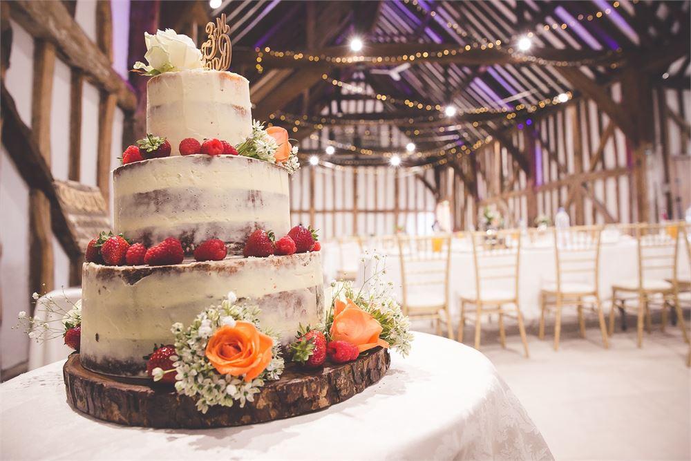 wedding cake The Great Barn at Headstone