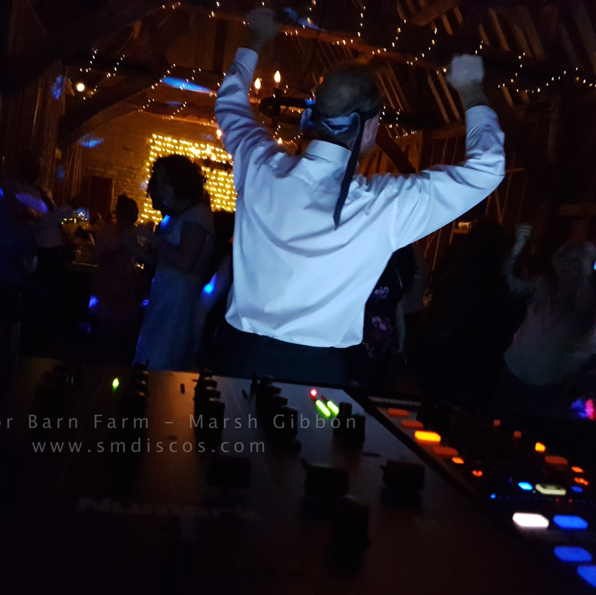 DJ for Weddings in Oxfordshire