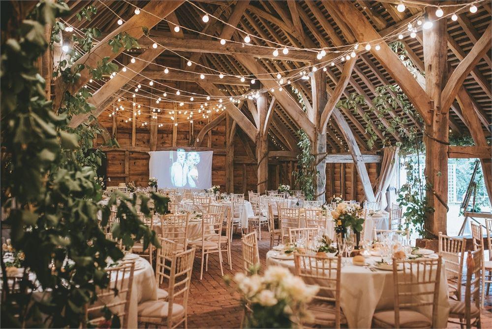 Wedding day at Gildings Barns