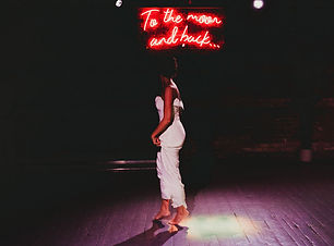 to the moon and back wedding neon sign.j