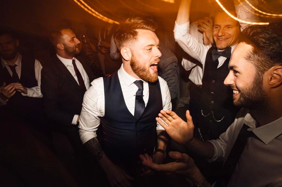 Buckinghamshire Wedding DJs