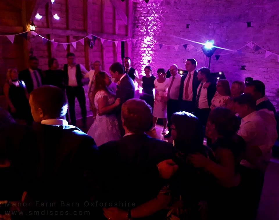 the best barn wedding dj