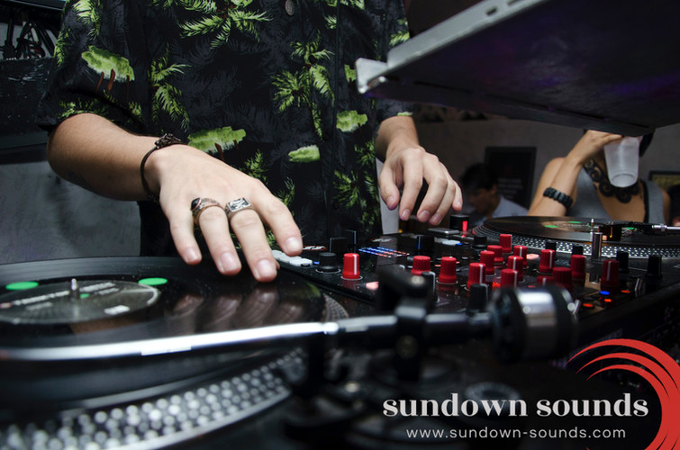 sundown sounds london dj.jpg